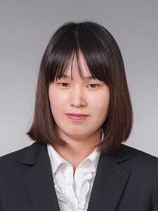 藤野 由梨さん